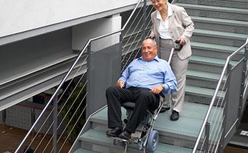 pomoc-do-wchodzenia-po-schodach